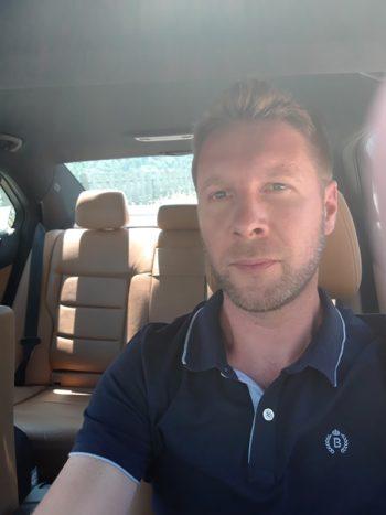 Tous vos déplacements sur Moutiers avec votre chauffeur de Taxi Mickael BLANCHE